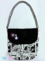 17_tarahm-messenger-bag-black.jpg