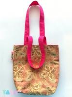 17_tarahm-pink-bag-0062a.jpg