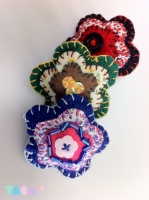 7_tarahm-flower-brooches-collection-0001.jpg